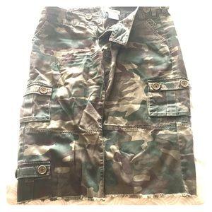 Billabong women's trouser.